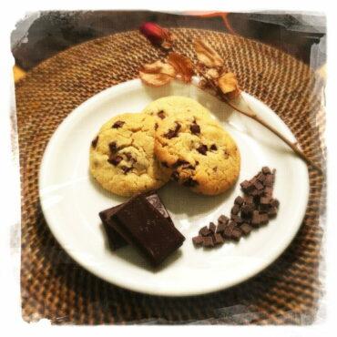 IMG 4598 370x370 - Cookies Pépites de Chocolat noir